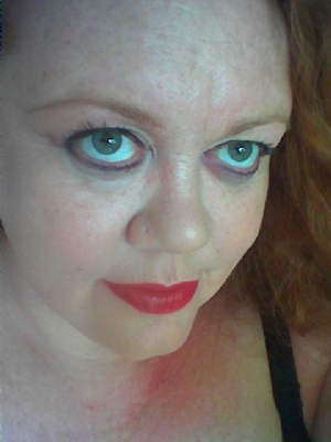 Curvy fun loving lady seeks sex contacts for dogging meets